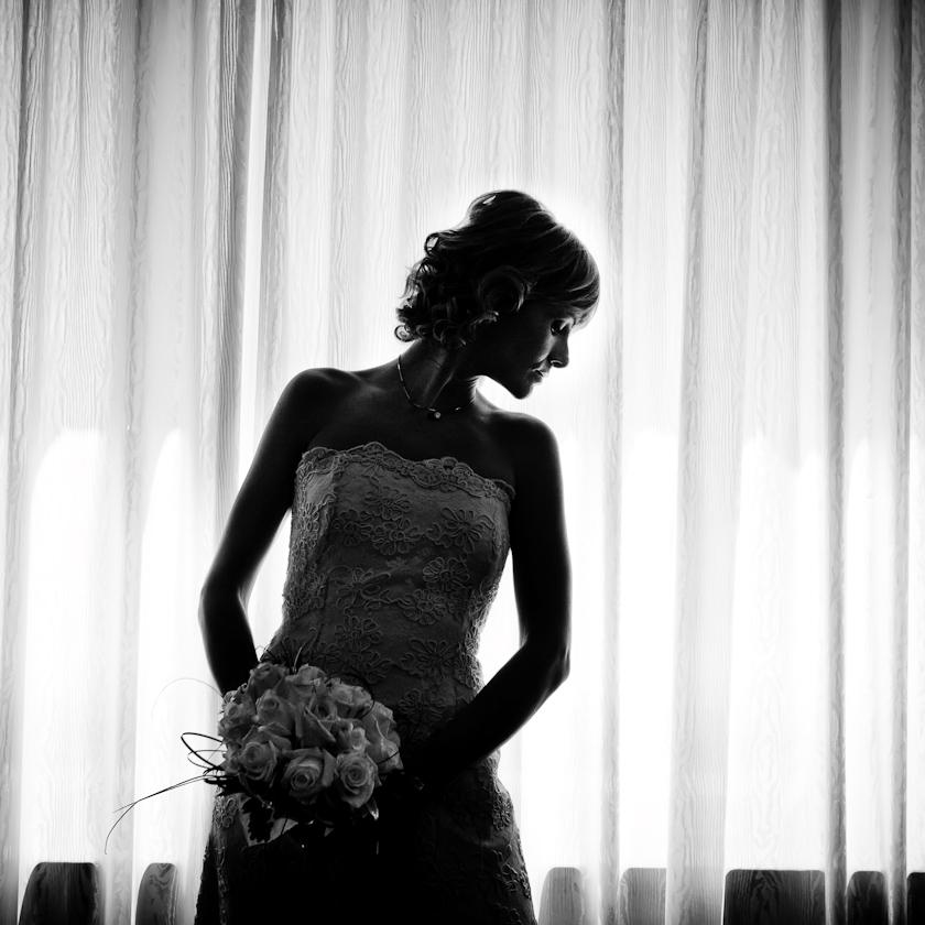 ritratto sposa elegante vestito