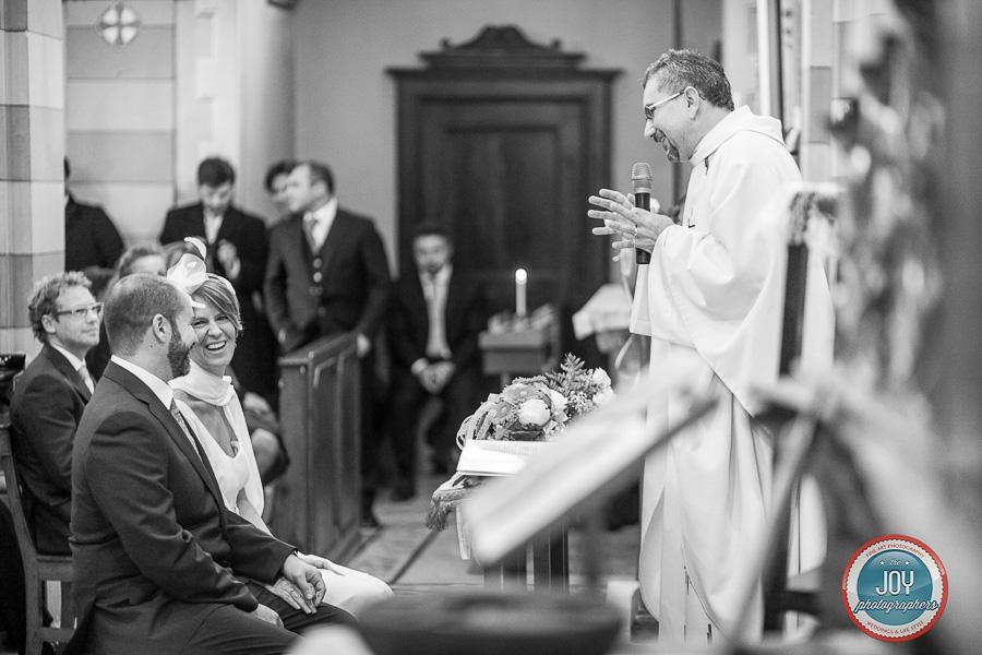 prete chiesa castiglione falletto